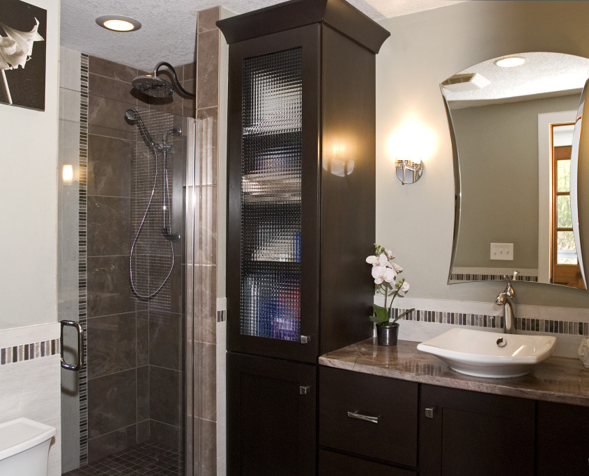 Transitional bath design