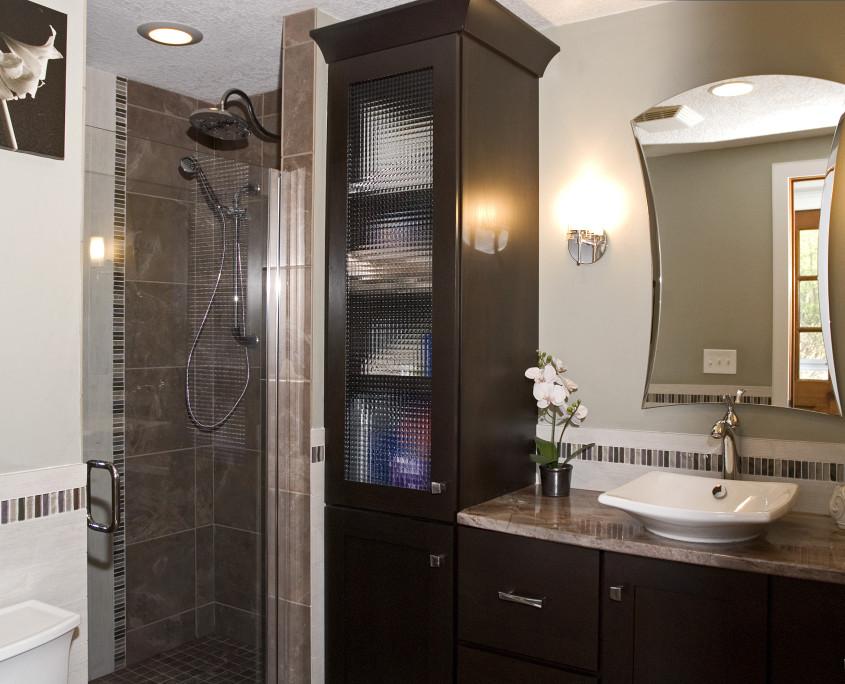 Transitional bath design